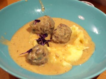 Köttbullar, Skinka, Kartoffeln und Rotkohlsalat - Rezept - Bild Nr. 2