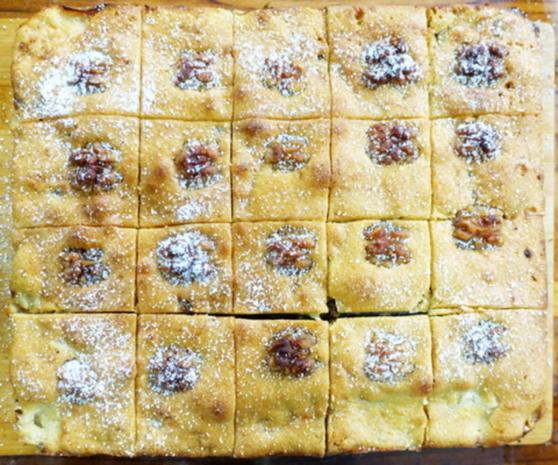 Gedeckter Apfelkuchen mit Walnüssen und Kokosraspeln - Rezept - Bild Nr. 10