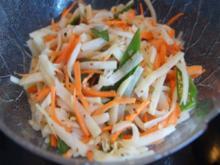 Asiatischer Kohlrabi-Salat - Rezept - Bild Nr. 2
