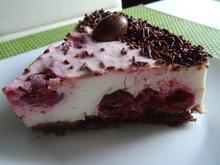 Österliche Kirsch-Sahne-Torte - Rezept - Bild Nr. 8