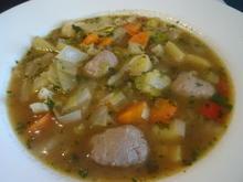 Bunte Gemüsesuppe mit Bratwurst-Klößchen - Rezept - Bild Nr. 2