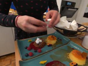 Orangenflan, Schoko-Nuss-Kuchen, Himbeerspiegel - Rezept - Bild Nr. 2