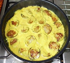 Auberginen in würziger Kokosnuss-Pilzsauce - Rezept - Bild Nr. 2