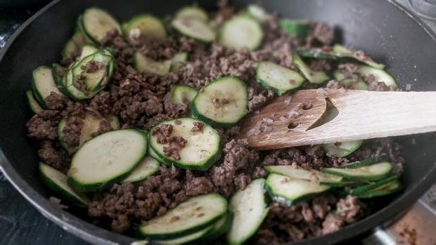 Hackfleisch - Zucchini - Schupfnudelpfanne - Rezept - Bild Nr. 11