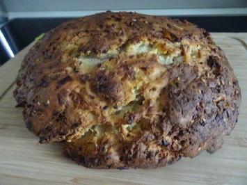 Rezept: Brot aus Zypern (Hellimli Bidda)