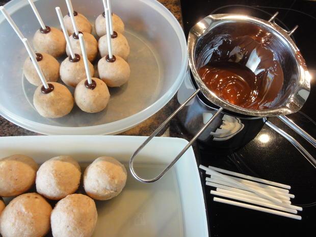 Biskuit:   CAKE ~ POPS (kleine Kuchen am Stiel) - Rezept - Bild Nr. 3