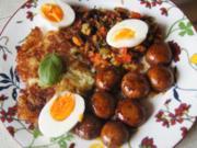 Gekochte Eier mit Pfannengemüse, Champignons und Rösti - Rezept - Bild Nr. 2