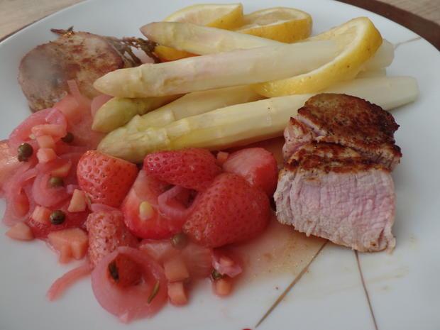 Ofenspargel mit Filet und Erdbeer-Chutney - Rezept - Bild Nr. 10396