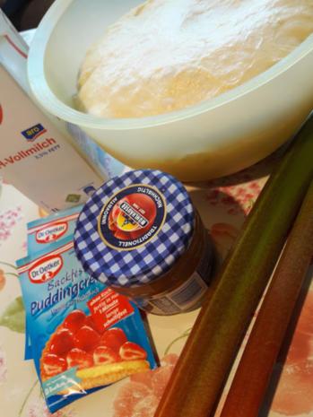Mit Rhabarber gefüllte Puddingbrezeln - Rezept - Bild Nr. 9