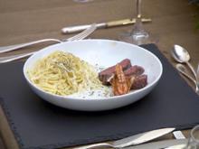Rasen und Brandung, dazu Spaghetti aglio e olio - Rezept - Bild Nr. 2