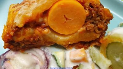 Bolognese in der Pizzateig Rolle als kleine Zwischenmahlzeit - Rezept - Bild Nr. 2