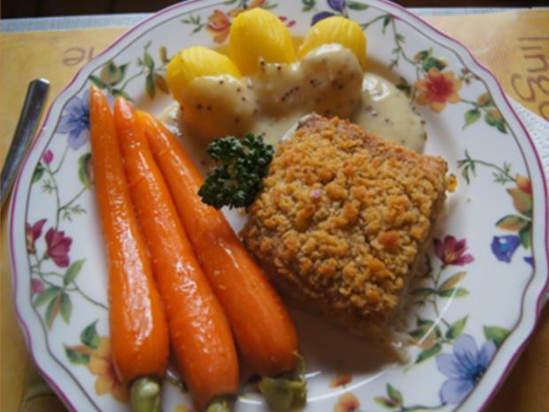 Schlemmerfilet mit Honig-Bundmöhren, Senfsauce und Kartoffeln - Rezept - Bild Nr. 13