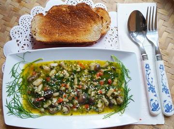 Rezept: Warmer Pilzsalat – Insalata di funghi alla Trentino