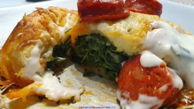 Gerollte Pizza mit Spinatfüllung und Chorizo - Rezept - Bild Nr. 10449