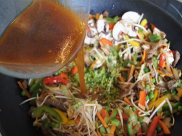 Rindfleischstreifen mit Gemüsemix und Mie-Nudeln - Rezept - Bild Nr. 22