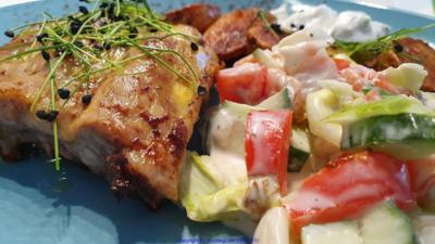 Spare Ribs - Salat- Röstkartoffel - Rezept - Bild Nr. 2
