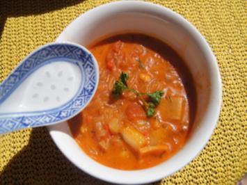 Asiatische Tomatensuppe mit Einlage - Rezept - Bild Nr. 2