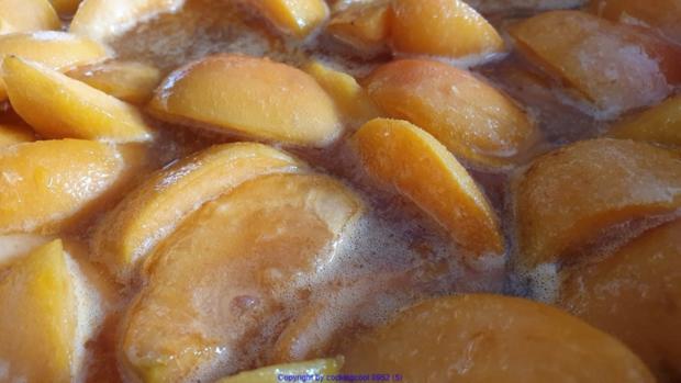 Aprikosencreme (Marillencreme) könnte man auch Fruchtaufstrich nennen - Rezept - Bild Nr. 6