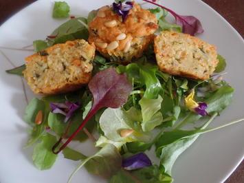 Kräuter--Muffins mit Cheddar und Pinienkernen - Rezept - Bild Nr. 10471
