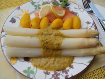Spargel mit Räucherlachs, Drillingen und herzhafter Crème fraîche Sauce - Rezept - Bild Nr. 2