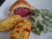 Rinderfilet im Blätterteigmantel, Spargel-Ragout und Ofenkartoffeln - Rezept - Bild Nr. 2