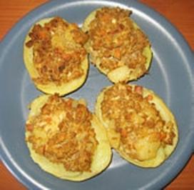 Ofenkartoffeln mit Hackfleisch gefüllt - Rezept