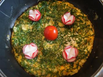 Omelett mit Zucchini und Schnittlauch - Rezept - Bild Nr. 2