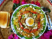 Waldburger gemischter Bauernsalat mit Ei, Feta und Walnüssen - Rezept - Bild Nr. 2