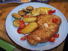 Putenschnitzel , mit Bratkartoffel und Zucchini - Rezept - Bild Nr. 2