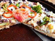Würzige Pizza mit Blumenkohl, Brokkoli und Sardellen - Rezept - Bild Nr. 2