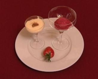Rezept: Beeren-Halbgefrorenes mit Wodka-Vanillepudding (Lou Hoffner)