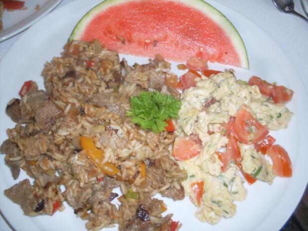 Reisfleisch mit Tomaten-Rührei und Wassermelone ! - Rezept - Bild Nr. 5