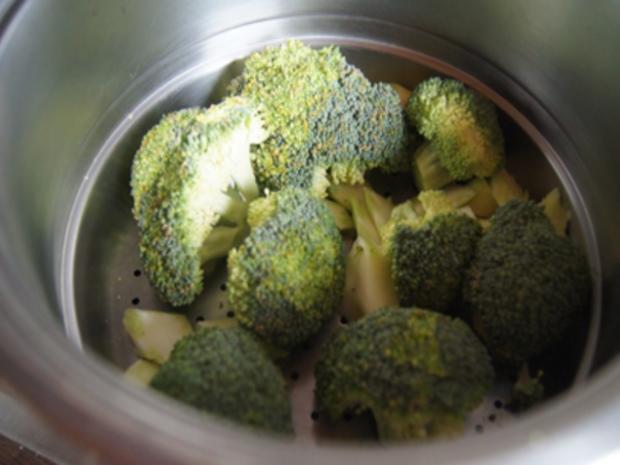 Schlemmer Filet à la Bordelaise mit Brokkoli und deftigen Bratkartoffeln - Rezept - Bild Nr. 7