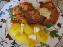 Gebratener Leberkäse mit Erbsen-Möhren-Gemüse und Kartoffeln - Rezept - Bild Nr. 2