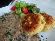 Pilz-Ragout mit crossen Kartoffel-Pflanzerl - Rezept - Bild Nr. 2