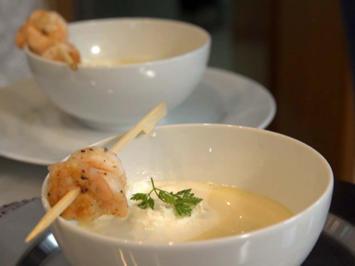 Spargelsuppe mit Garnelen in Weißweinsauce - Rezept - Bild Nr. 2