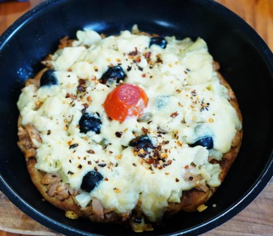 Saftig-würzige Pfannenpizza - Rezept - Bild Nr. 6