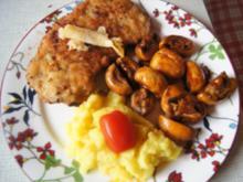 Schnitzel XXL mit Champignons und Kartoffelstampf - Rezept - Bild Nr. 10894