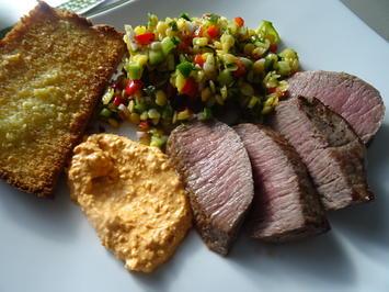 Lammlachs, Gelbe-Linsen-Salat, Feta-Creme und Knoblauch-Brot - Rezept - Bild Nr. 2