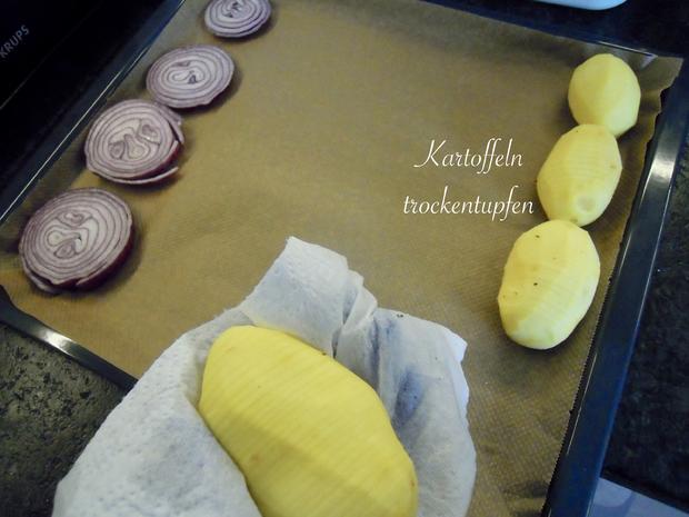 Schwedische Kartoffeln und gebackene Zwiebelringe - Rezept - Bild Nr. 5