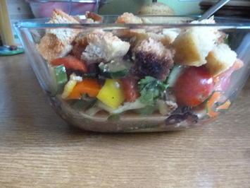 Toskanischer Brotsalat - Rezept - Bild Nr. 2
