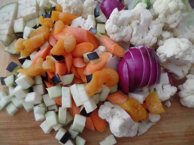 Gemüse-Tajine mit Aprikosen und Couscous - Rezept - Bild Nr. 10963