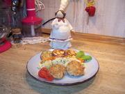 Thunfisch-Frikadellen mit Kartoffelsalat und Karottensalat - Rezept - Bild Nr. 2