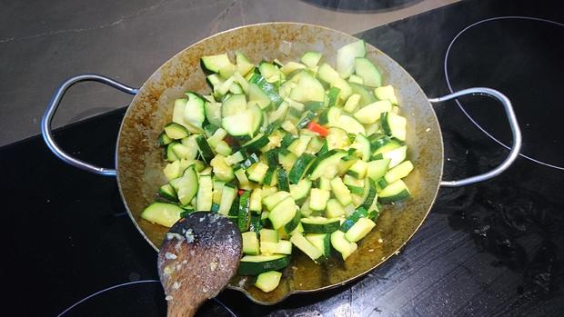 Zucchini-Speckquiche - Rezept - Bild Nr. 7