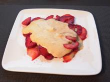 Eierlikör-Parfait auf Erdbeer-Carpaccio - Rezept - Bild Nr. 2