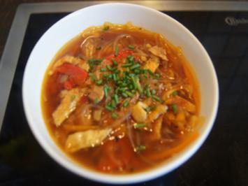 Feurige Suppe mit Einlagenmix - Rezept - Bild Nr. 2