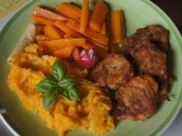 Schweinefiletschnitzelchen mit Honig-Möhren-Sticks und Süßkartoffel-Kartoffel-Stampf - Rezept - Bild Nr. 2