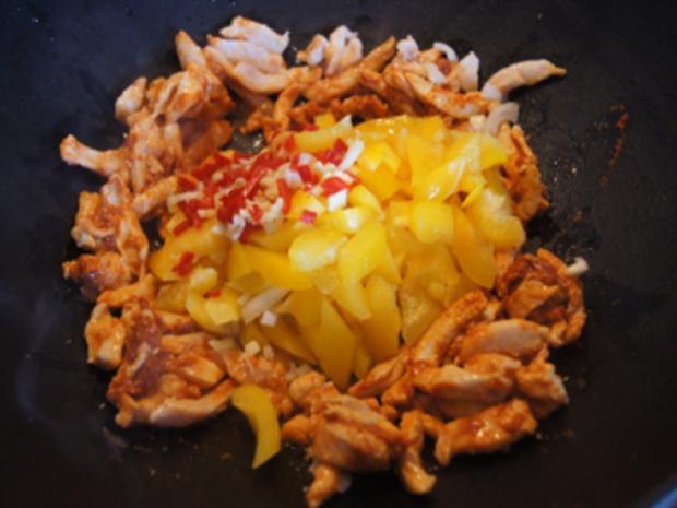 Rotes Thai-Curry mit Mie-Nudeln - Rezept - Bild Nr. 15