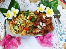 Mariniertes Hühnerfleisch mit würzigem Gemüserührei - Rezept - Bild Nr. 2