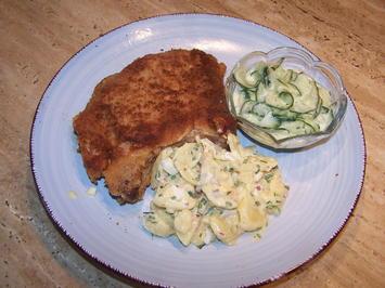 Paniertes Kotelett Kartoffelsalat und Gurkensalat - Rezept - Bild Nr. 2